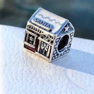 Pandora Santa's Home Charm
